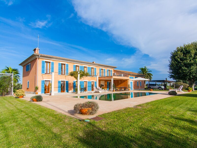 Sa Blanquera - Fantastic villa Adults Only with private pool in Sa Pobla, aluguéis de temporada em Sa Pobla