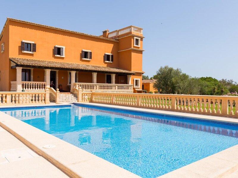 Birkadem - Villa with pool and garden in Santa Margalida, aluguéis de temporada em Santa Margalida