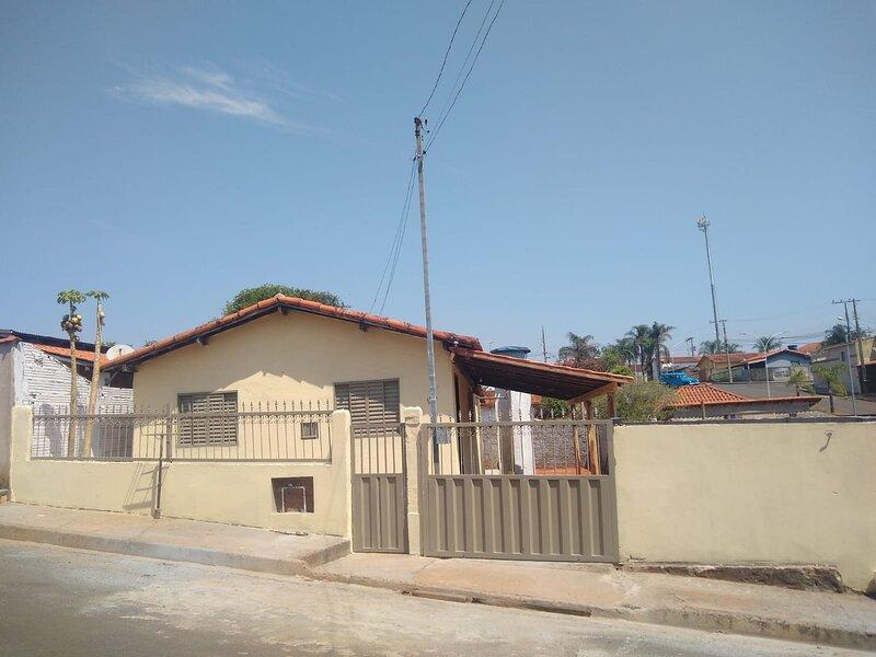 Casa de Temporada / Pousada da Zezé - São José da Barra/ Furnas/ Capitólio, aluguéis de temporada em Capitólio