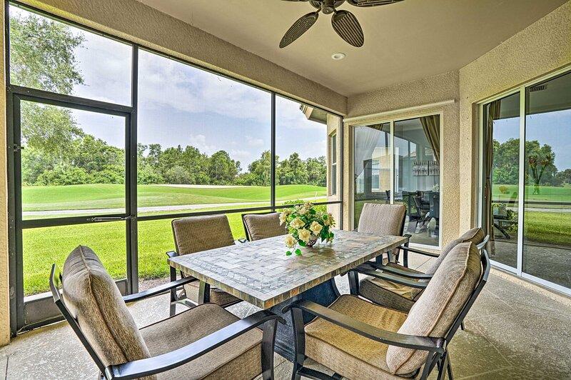 NEW! Luxurious Golf Course Getaway w/ Resort Perks, aluguéis de temporada em Lely Resort