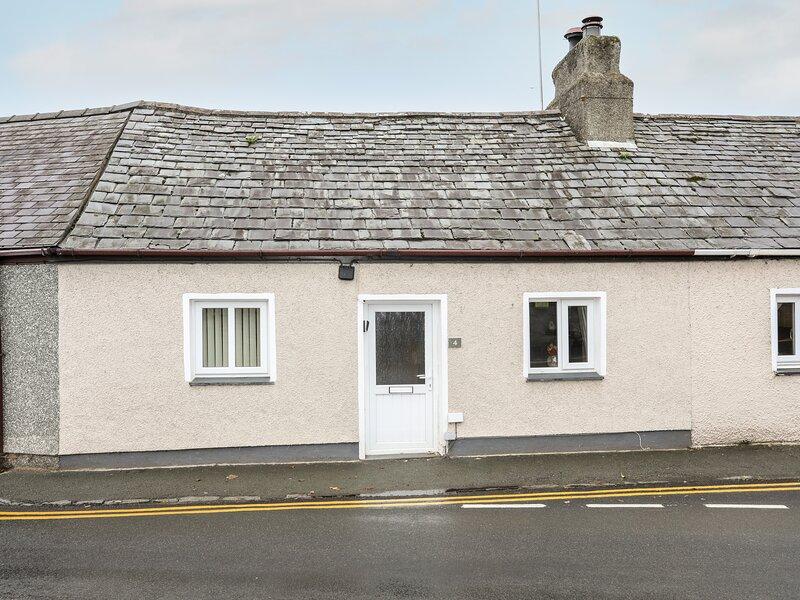 4 Bodegroes Terrace, Pwllheli, holiday rental in Efailnewydd