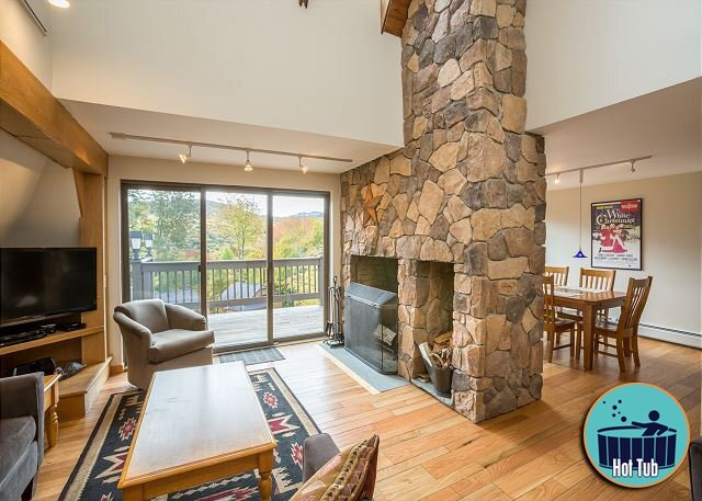 Winterberry Townhouse #4, alquiler vacacional en Pittsfield