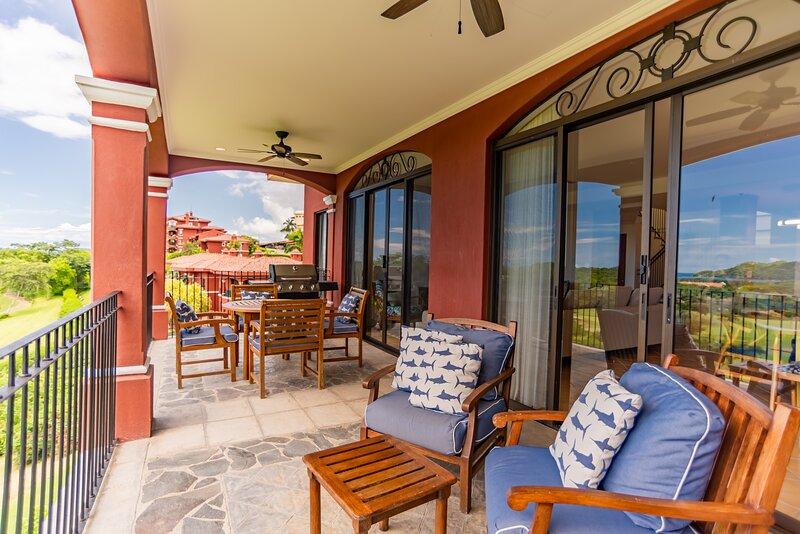 A4 - Ocean View Luxury Penthouse at Reserva Conchal, alquiler vacacional en Huacas