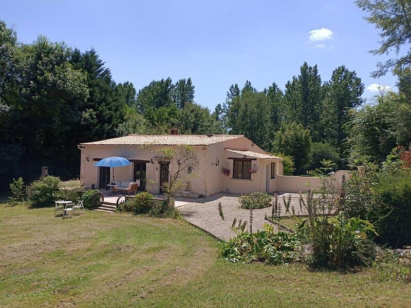 Le Mas des Maje, casa vacanza a Saint Bonnet sur Gironde