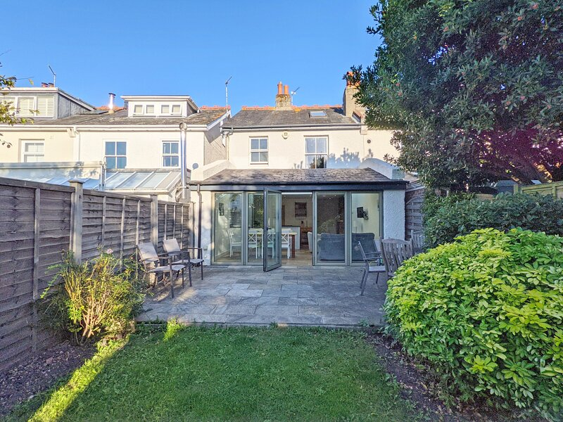 Anglers Cottage , Emsworth, vacation rental in Rowlands Castle