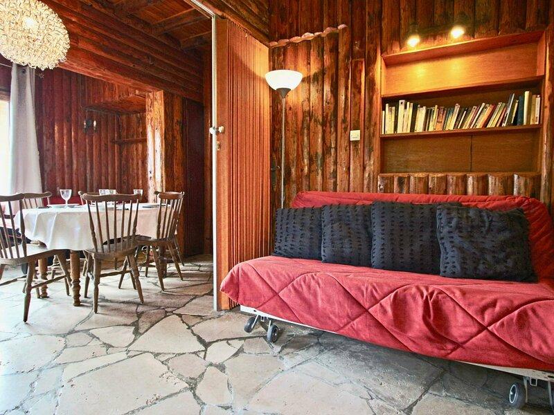 2 pièces de 50 m² en RDC d'un chalet à 200 mètres des pistes, holiday rental in Uriage les Bains
