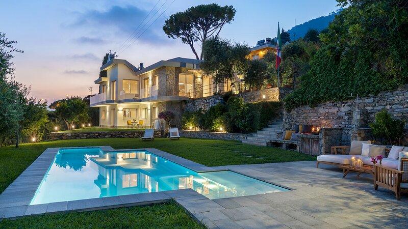 Villa Scirocco 10+2, holiday rental in Sori