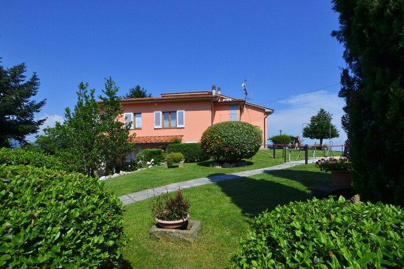 Villa Medicina, holiday rental in Aramo