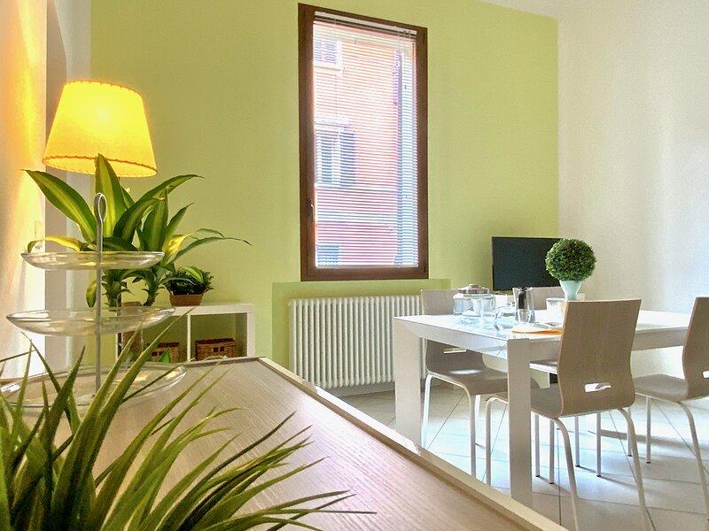 Casa Clò 1 _ Appartamento a Bologna: Centro, Università e Ospedale S.Orsola, aluguéis de temporada em San Lazzaro di Savena