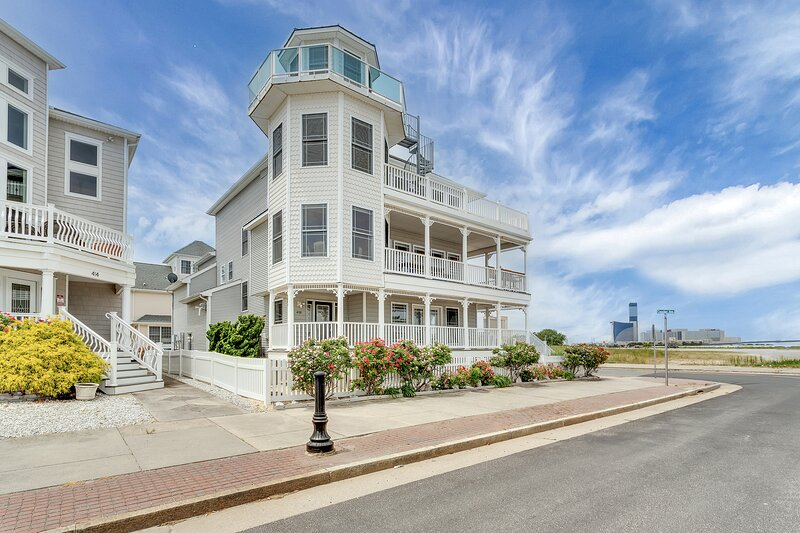 """❤️ Welcome to your custom built """"Corner Beach House"""" with some of the BEST Ocean and Inlet views!!!"""