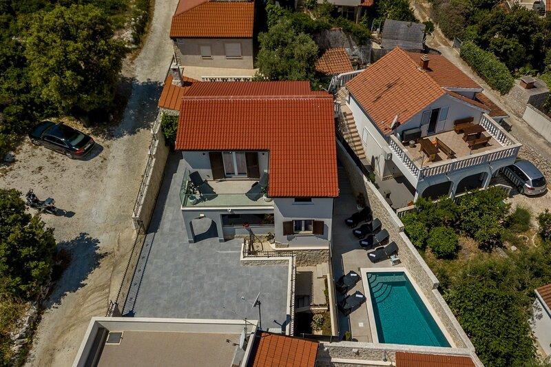 Goldie - 30 m from beach: H(8+1) - Sevid, alquiler de vacaciones en Sevid