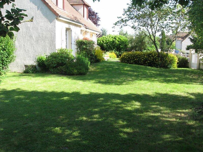 F2 dans residence pavillonnaire a 30 km de Paris – semesterbostad i Viry-Chatillon