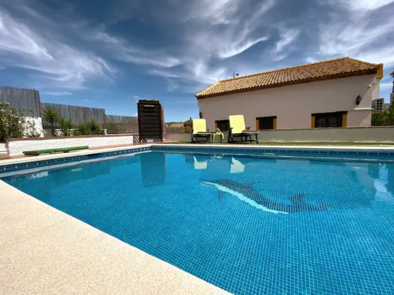 ♥️ Country House ♥️ Fireplace & Private Pool. Wifi & Free Parking Lot. Málaga., holiday rental in Colmenar