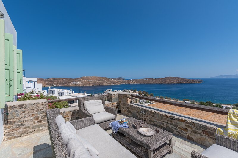 Serifos  View, holiday rental in Vagia