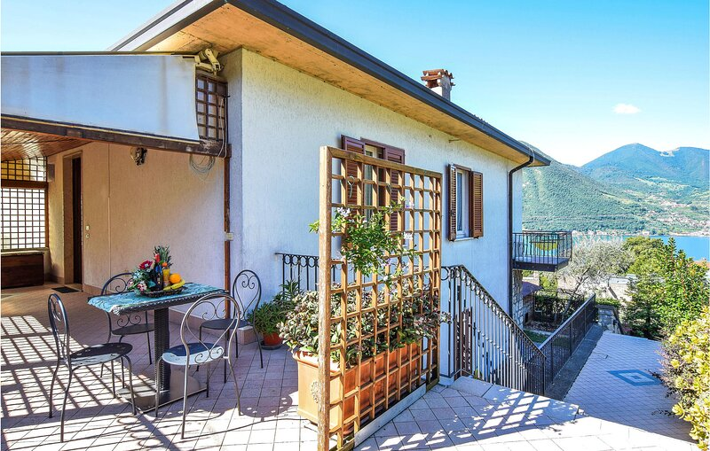 Amazing apartment in Monte Isola with 1 Bedrooms (IVI180), holiday rental in Pilzone