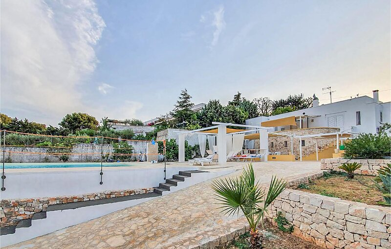 Awesome home in Ostuni with Outdoor swimming pool and 4 Bedrooms (ISA457), holiday rental in Rosa Marina