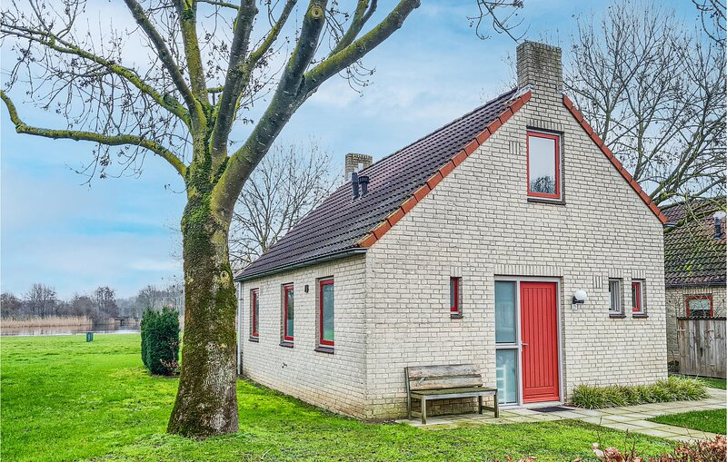 Awesome home in Ewijk with WiFi and 3 Bedrooms (HGE024), holiday rental in Druten