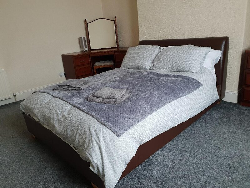 Lovely 3 bedroomed apartment in Gateshead, close to Newcastle centre, alquiler de vacaciones en Beamish