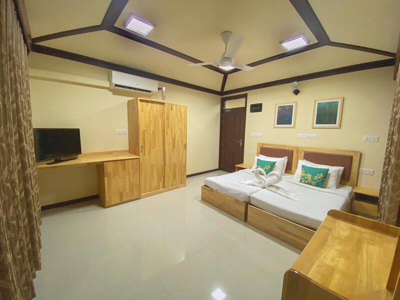 Vaaruge Residence, holiday rental in Thinadhoo Island