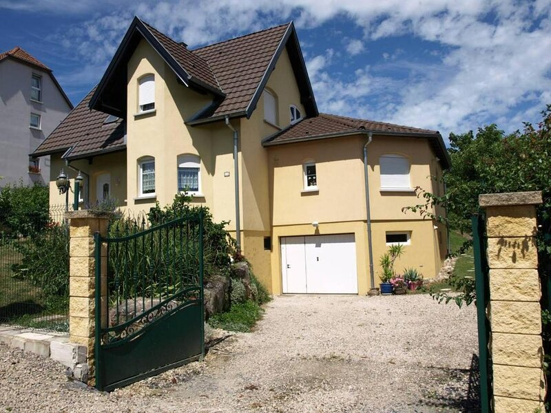 Chez Olivier and Josette in Mulhouse Sud, holiday rental in Bettendorf