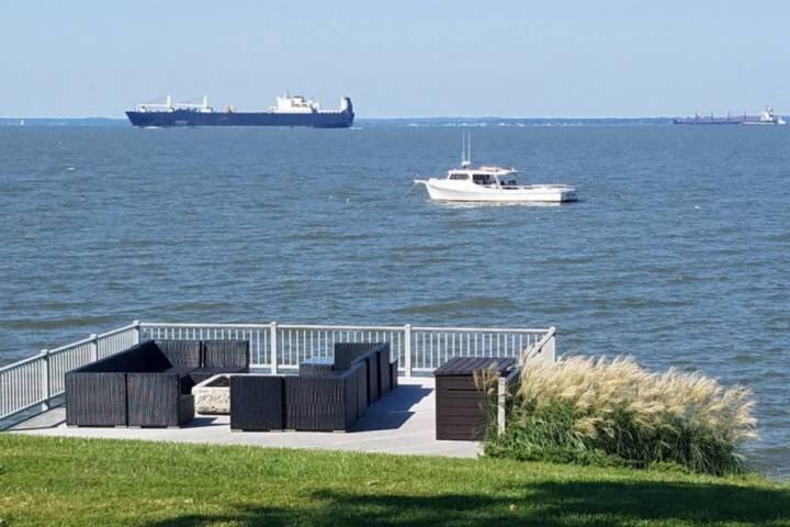 Newly-managed Waterfront Kent Island home, aluguéis de temporada em Centreville