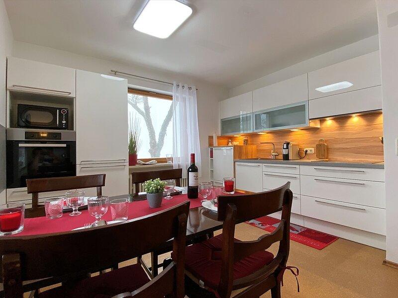 Direkt AM SKILIFT mitten im BAYERISCHEN WALD - 95m² Ferienwohnung + *NETFLIX*, holiday rental in Eging am See