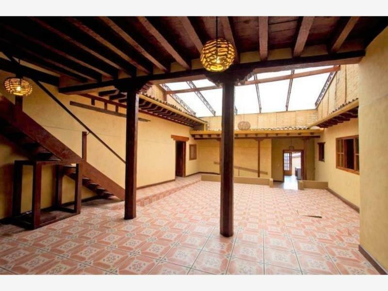 Hotel Pátzcuaro, habitaciones económicas desde $300 2 personas, alquiler vacacional en Tzintzuntzan