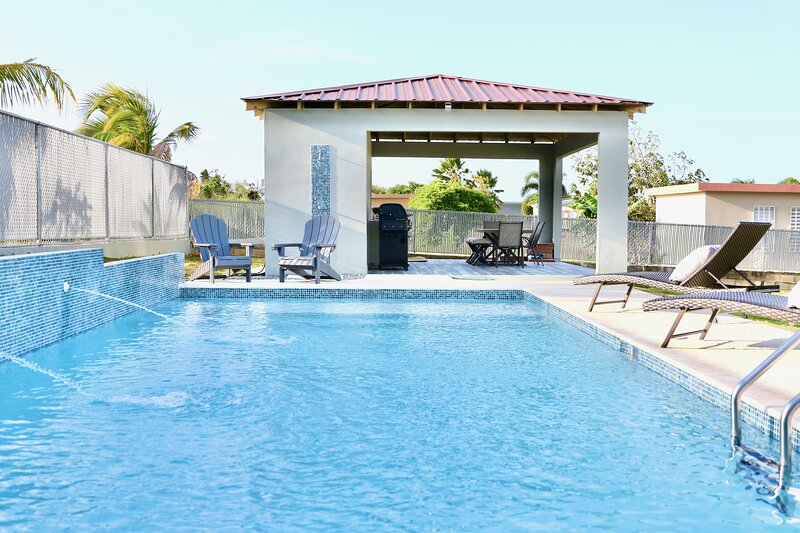 New Large Saltwater Pool-Quiet Area 5 mins to the Beach!, holiday rental in Quebradillas