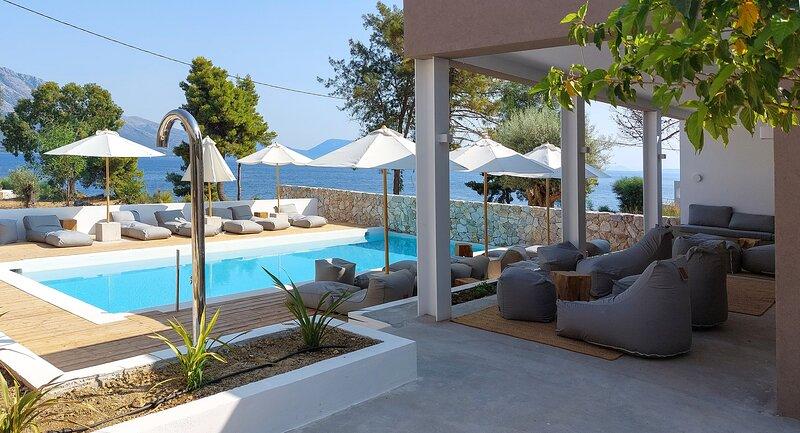 Arion Seaside Suites Studio 3, holiday rental in Palairos