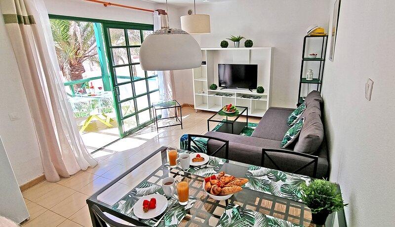 Casa Palm Garden, holiday rental in La Lajita
