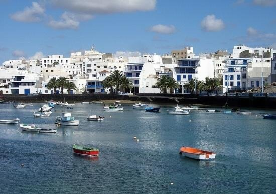 Beautiful Apartment in Arrecife, vacation rental in Puerto Naos