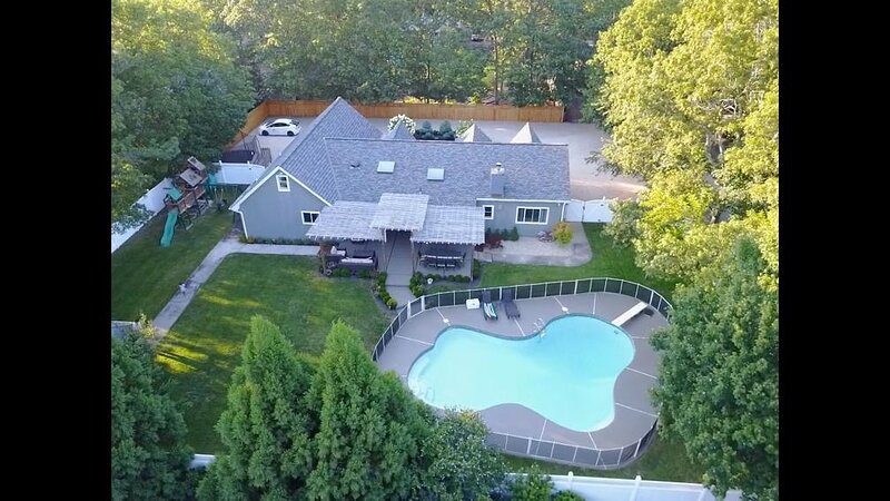 HEATED POOL in the Hamptons, holiday rental in East Quogue