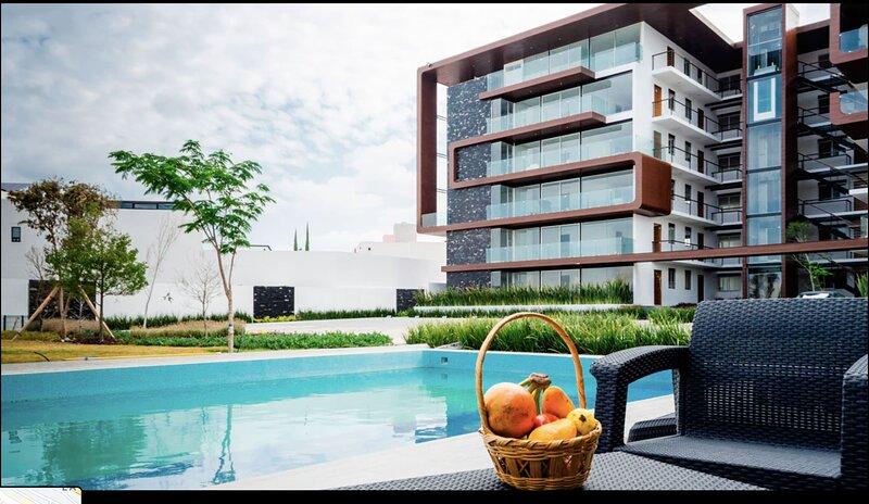+MS +Excelente Suite +Alberca +Milenio, holiday rental in La Canada