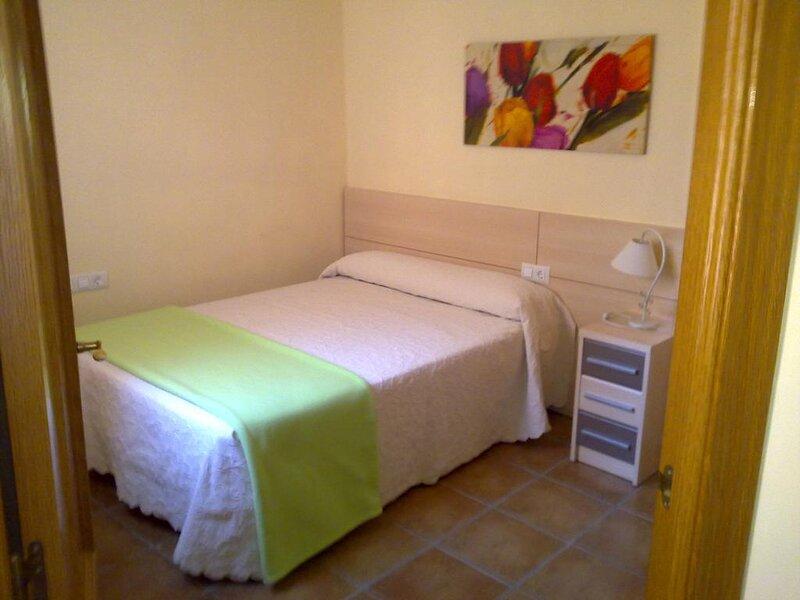 Apartamento 1 persona - 1, holiday rental in Banyeres de Mariola