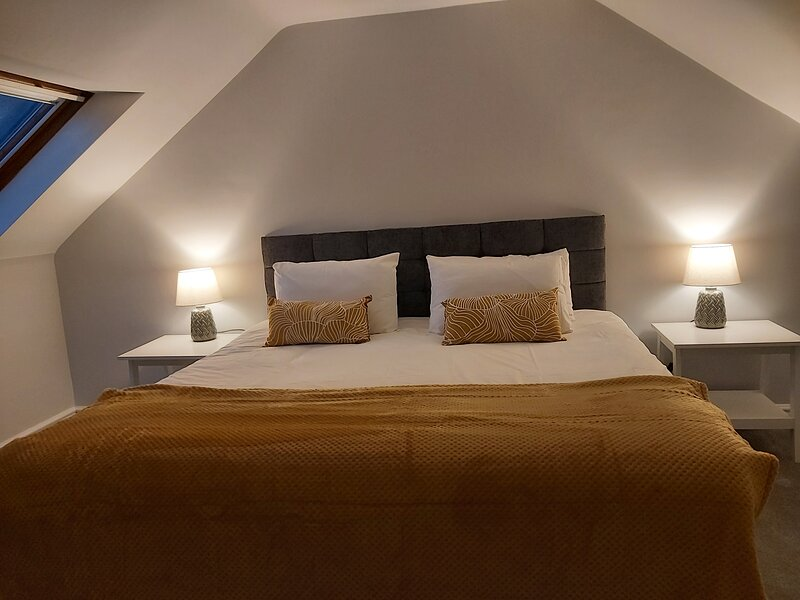 Hill Street Cottage, Portpatrick - Perfect Coastal Getaway, minutes to the sea, holiday rental in Leswalt