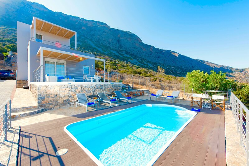Villa Siren Crete, holiday rental in Agia Paraskevi