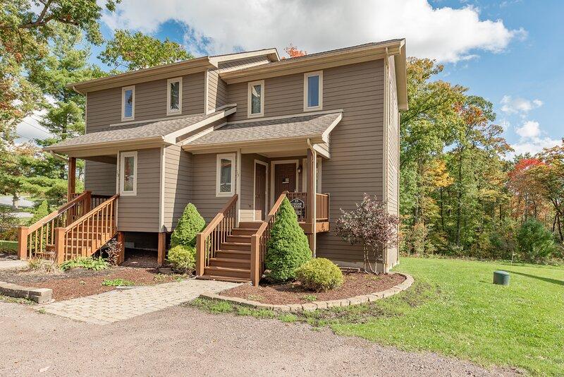Slopeside Lake House, aluguéis de temporada em Friendsville