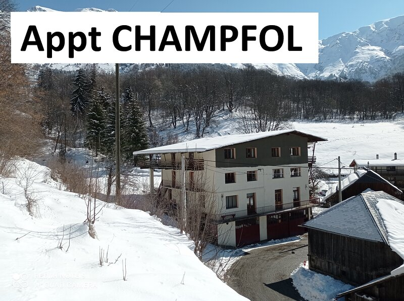 Location gîte / appartement 10 personnes, casa vacanza a Saint-Remy-de-Maurienne