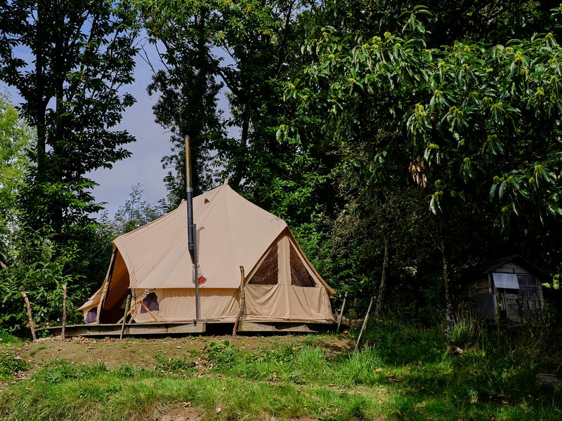 Cornflower Bell Tent, vacation rental in North Molton