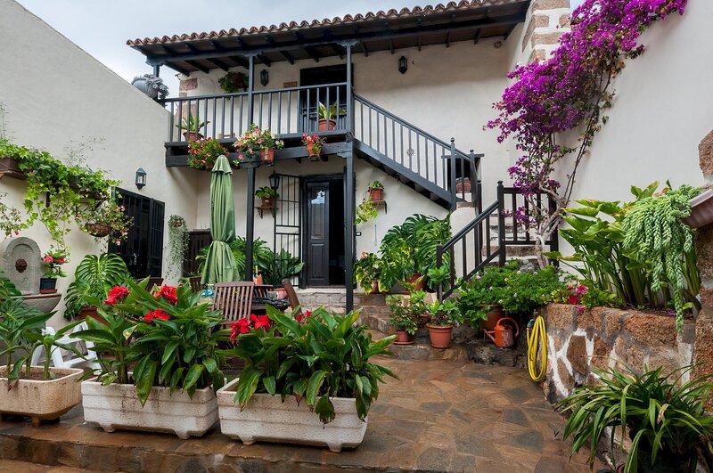 Casa La Fuente, location de vacances à Buzanada