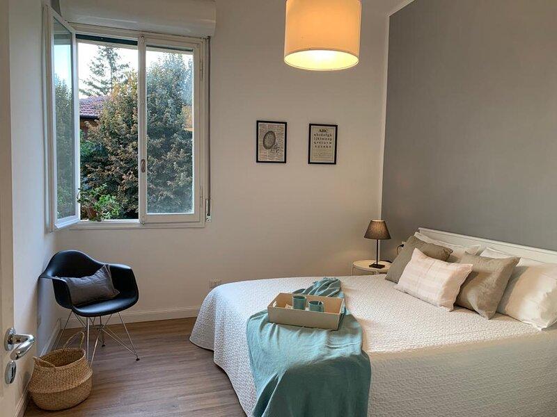 Casa Perrone, appartamento confortevole e luminoso, location de vacances à Casalecchio di Reno