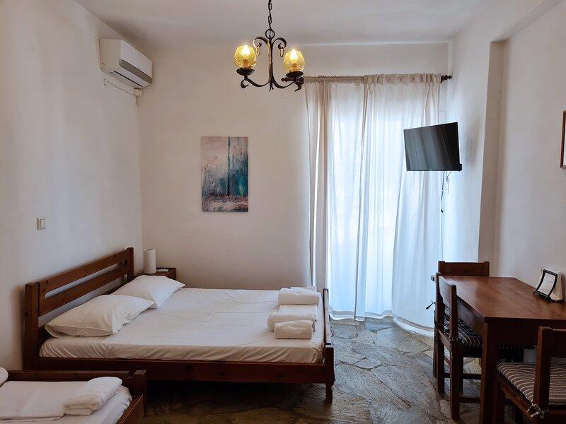 Cosy 1-Bed Studio in Andros, casa vacanza a Kypri