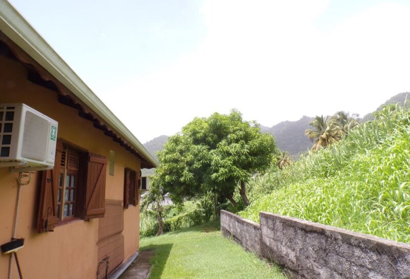 Spacious house with sea view & Wifi, vacation rental in Terre-de-Bas
