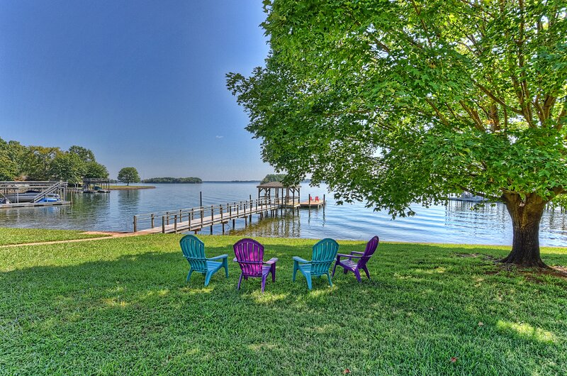 Serenity Now - LKN, holiday rental in Huntersville