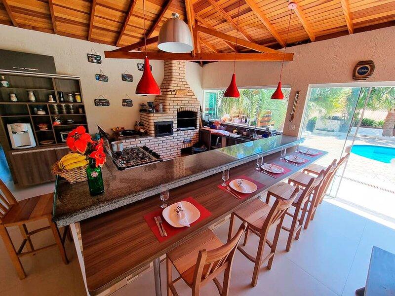 Casa de campo com Wi-Fi e lazer em Mairinque/SP, holiday rental in Ibiuna