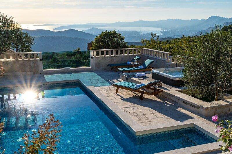 Villa Runje - Secret paradise in mountain with heated pool and jacuzzi, aluguéis de temporada em Kotlenice