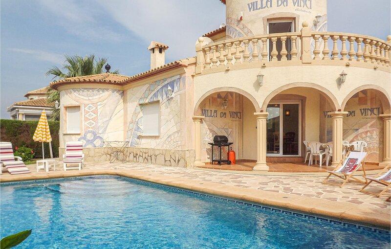 Nice home in El Verger with Outdoor swimming pool, WiFi and 3 Bedrooms (EBI471), vakantiewoning in El Verger