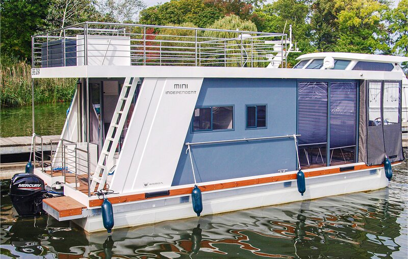 Nice ship/boat in Havelsee with 1 Bedrooms (DBB016), holiday rental in Brandenburg City