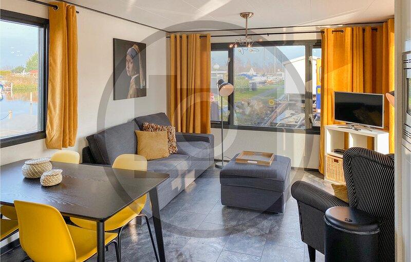 Beautiful home in Breukelen with 2 Bedrooms (HUT026), vacation rental in Utrecht