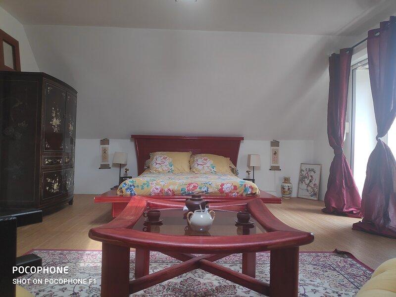 Chambre Zen avec salle de bain privée, aluguéis de temporada em La Couture Boussey
